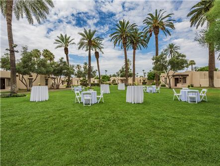 Picturesque Lawn Areas for Outdoor Events