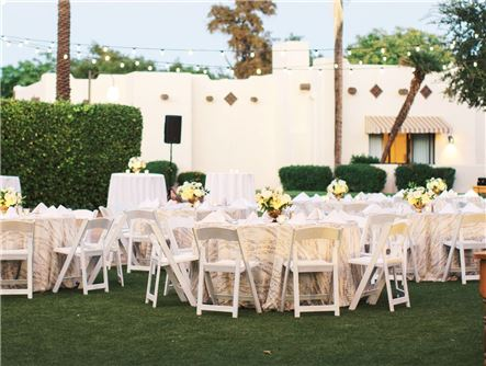Litchfield's Lawn for Small Receptions