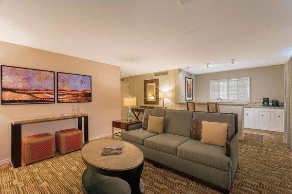 The Wigwam - Adobe Fairway Suite King Living Room